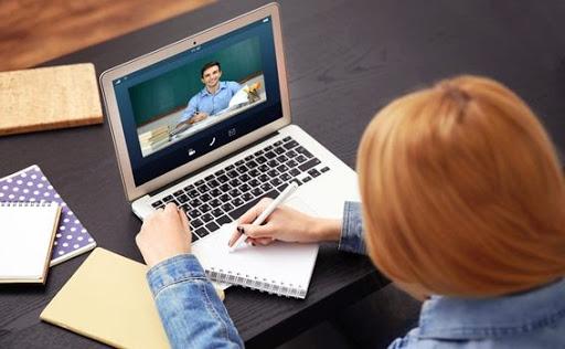 अनलाइन प्रविधिबाट अध्यापन सुरु