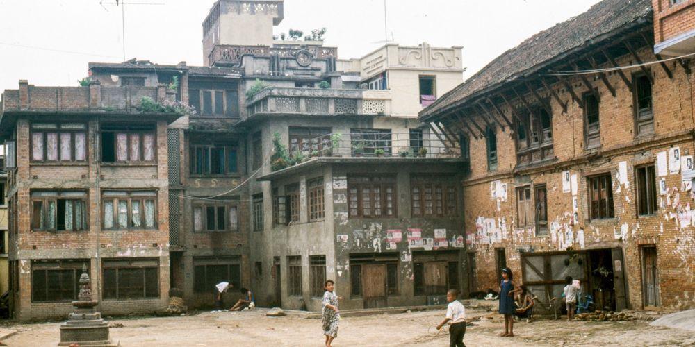 Date: 1991 Location: Kathmandu, Kathmandu Description: Pore Tole – a Dalit neighborhood next to the Bishnumati River below Durbar Square. Photographer : Rich Pfau